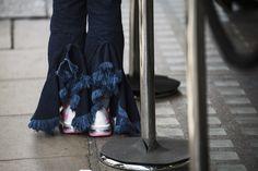 London Street Style Stars Aren't Afraid to Let Their Sartorial Freak F Photos | W Magazine