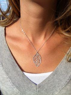 XL012 Chaude bijoux de mode simple et naturel forêt metal feuilles pendentifs collier Sautoirs colliers pour les femmes bijoux