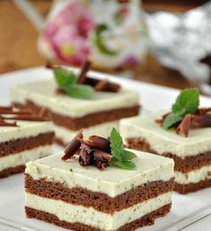 Výborný koláčik bez múky s chuťou mäty