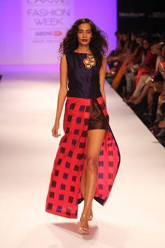 Model walks the ramp for designer Pratima Pandey at the Lakme Fashion Week Winter/Festive 2014 Day 3. #Fashion #Style #Beauty