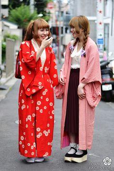 Name: Monet (left) Kimono: Vintage Red School Bag: Kept from her childhood Name: Manano (right) Kimono: Vintage Top: Friend's gift Skirt: Tokyo Street Fashion, Tokyo Street Style, Japanese Street Fashion, Japan Fashion, Look Fashion, Korean Fashion, Fashion Ideas, Style Kimono, Mode Kimono