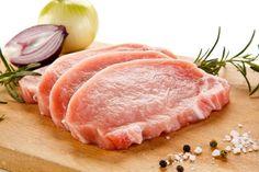 Így süsd meg a karajt, hogy ne száradjon ki: Rakott karaj, rengeteg zöldséggel - PROAKTIVdirekt Életmód magazin és hírek Tuna, Bacon, Fish, Meat, Pisces, Pork Belly, Atlantic Bluefin Tuna