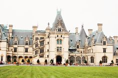 Visiting America's Largest Home As we mentioned in our Asheville travel diary, we spent a whole day visiting the Biltmore estate. We've visited many castles and palaces through our travels previously, but we were not prepared for just how massive… South Carolina, Travel Photography, Night Photography, Landscape Photography, Biltmore Estate, National Parks Usa, Asheville Nc, Travel Memories, Months In A Year