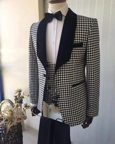Lapel Shawl Checks Prom Suit 3 Pieces Wedding Tuxedo for Men 2019 (Jacket+vest +pants) Groom Tuxedo, Tuxedo For Men, Mens Fashion Wear, Suit Fashion, Blue Suit Men, Mode Costume, Designer Suits For Men, Formal Suits, Blazers For Men