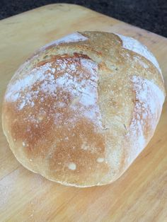 Another loaf of artisan bread made today and given it only takes 60 seconds of kneading, makes it effortless to make.