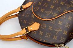 Louis Vuitton Ellipse PM Monogram Hand Bag
