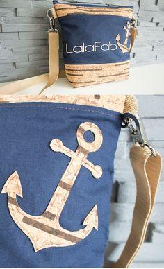 Ümhängetasche mit Anker-Applikation aus Korkstoff - Idee in der Werkschau auf Makerist.de