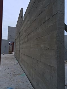 New home construction materials. Thermal challenges and opportunities using concrete tilt panel walls in new house building ideas.