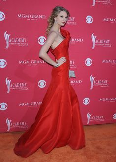 Taylor Swift Photos: 44th Academy of Country Music Awards