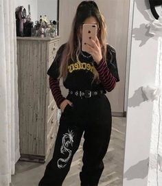 Punk Outfits, Teen Fashion Outfits, Mode Outfits, Retro Outfits, Cute Casual Outfits, Vintage Outfits, Girl Outfits, Cute Grunge Outfits, Batman Outfits
