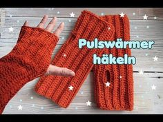 p/pulswarmer-armstulpen-handstulpen-hakeln-super-einfach - The world's most private search engine Crochet Wrist Warmers, Arm Warmers, Pinterest Birthday Cards, Easy Knitting, Knit Patterns, Fingerless Gloves, Youtube, Free Crochet, Textiles
