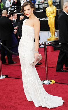 Never mind. Milla Jovovich (Elie Saab Haute Couture) is my pick for best dressed at Oscars 2012.