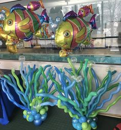 Under The Sea Party Centerpieces, Ocean Party Decorations, Little Mermaid Centerpieces, Under The Sea Decorations, Balloon Decorations, Underwater Theme Party, Party Ballons, Mermaid Balloons, Mermaid Under The Sea
