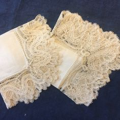 EXQUISITE 1910s Irish Linen Hankies with Handmade Lace! NEW Listing!  Perfect for the Bride! Etsy.com/shop/VintageStoryLinens