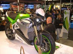 Motorcycle 2015: ENERGICA EVA FIRST LOOK