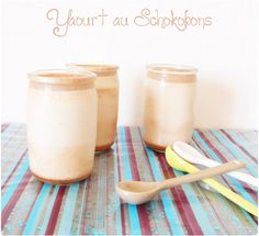 Yaourt aux Schokobons Mousse, Chocolate Bonbon, Glass Of Milk, Biscuits, Ice Cream, Cream Cake, Blog, Cooking Recipes, Drinks