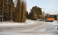 Pääministeri Juha Sipilä (kesk) kertoo kutsuneensa sisäministeri Petteri Orvon (kok) ja oikeusministeri Jari Lindströmin (ps) kriisikokoukseen Kempeleen raiskaustapauksen johdosta.