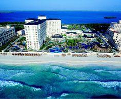 Aerial view of the JW Marriott Cancun Resort resort