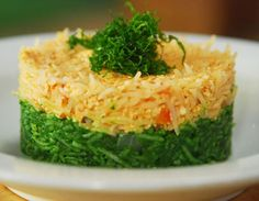 A visual delight, it is also healthy.Baked spinach and cottage cheese rice.
