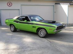 And yet another very hot car - 1970 Plymouth Barracuda