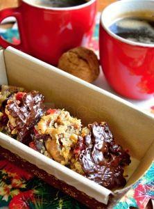 Chutné sladučké marokánky som pretvorila do štíhlych afit - ale zich fantastickej chuti vôbec neubudlo! :) Marokánky si môžete pripraviť počas celého roka, ale nám pripomínajú chuť Vianoc, pretože obsahujú bohaté množstvo sušeného ovocia, orechov avoňavých korenín. Ovoci... Smoothie, French Toast, Cereal, Paleo, Breakfast, 3, Christmas, Food, Morning Coffee
