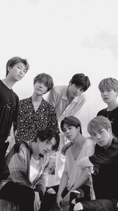 Find images and videos about kpop, bts and jungkook on We Heart It - the app to get lost in what you love. Bts Jungkook, Namjoon, Seokjin, Foto Bts, Bts Photo, Baby Wallpaper, 2017 Wallpaper, Iphone Wallpaper, Boy Scouts