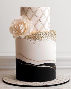 Black And White Wedding Theme, Black Wedding Cakes, Elegant Wedding Cakes, Elegant Cakes, Wedding Cake Designs, Wedding Cupcakes, 24th Birthday Cake, White Birthday Cakes, Elegant Birthday Cakes