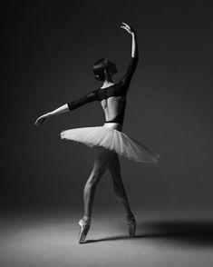 Lauren, Ballet Theatre Australia - Photographer Taylor-Ferné Morris