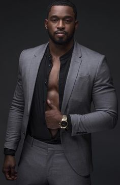 mens suits big and tall 44 long Fine Black Men, Gorgeous Black Men, Handsome Black Men, Black Boys, Fine Men, Beautiful Men, Black Men In Suits, Black Man, Mens Suits