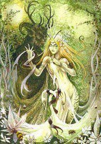 Cernnunos a une grande affinité avec le Dieu Pan de la grèce antique. Tous deux sont porteurs de Fertilité et des jeux de l'amour.