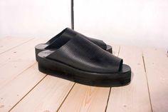 BLACK SANDALS // now at www.KISSHARDER.com #kissharder #kiss #harder #sandals #black #hot #cool #fashion #style