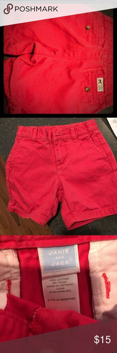 Janie and Jack (6-12 months) boy shorts Janie and Jack (6-12 month) boy shorts. Smoke-free/pet-free home. Janie and Jack Bottoms Shorts