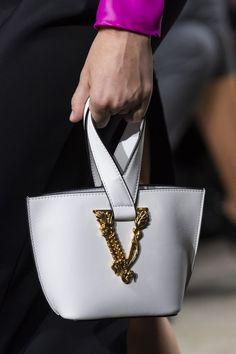 Apr 2020 - Versace at Milan Fashion Week Spring 2020 - Details Runway Photos Versace Handbags, Versace Bag, Fashion Handbags, Fashion Bags, Fashion Backpack, Milan Fashion, Burberry Handbags, Cheap Purses, Cheap Handbags