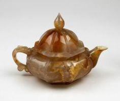Teapot CHINESE (CHINESE) 18TH CENTURY