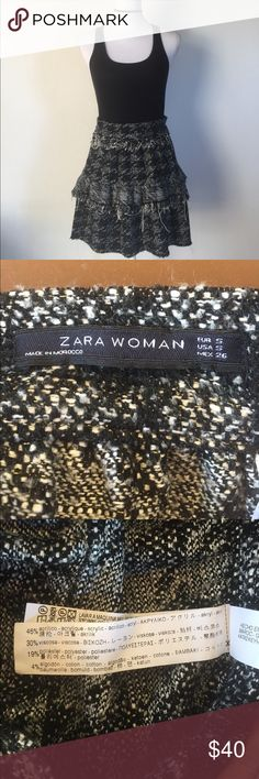 Zara Black & Fringes Skirt, S This darling Zara Black & Fringes Skirt, S is great to wear to the office or out in the town! This would look great with a pair of knee high or rift over the knee boots! EXCELLENT CONDITION NO DEFECTS Zara Skirts