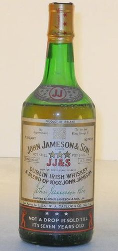 "Jameson 3 Star Circa 1940. ""By appointment to the late King George V"". Level: Low shoulder. 4/5 Quart. 90 proof."