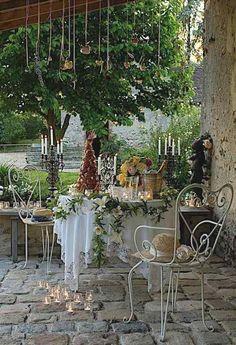ambiente romántico en el jardín