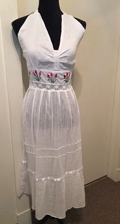 VINTAGE HALTER WHITE COTTON BEACH DRESS CROCHET ACCENTS AND EMBRODERY #Unbranded #BeachDressEmpireWaistHALTER
