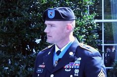 Medal of Honor Recipient, in New Act of Valor, Thanks His Shrink -- In lieu of crisp salutes and talk of duty, Staff Sgt. Ty Carter spent much of his time speaking about loss and frankly discussing his own mental health.