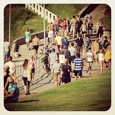 Sunday Strolls by the Seaside #promenade #people #atbondi #bondi #autumn #stroll #lifestyle