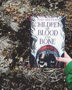 I read and walked to work today with Toni Adeyemi's CHILDREN OF BLOOD AND BONE and I'm really enjoying it! I'm hoping that I'll love it as much as people have told me I will. #childrenofbloodandbone #toniadeyemi #books #readingandwalking #readingwhilewalking #bookstagram