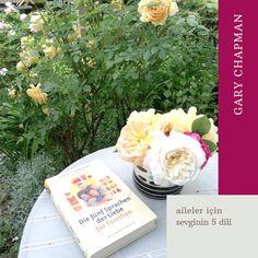 Gary Chapman'dan aileler için sevginin 5 dili kitabı. Kişisel gelişim kitaplarına iyi bir örnek. Books, Language, Libros, Book, Book Illustrations, Libri