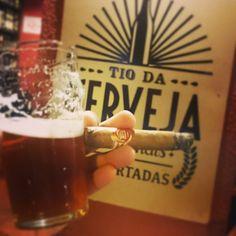 Ipa  Habano - #charutando #issoecharutando #charutandosempre #charuto #charuteiros #brazilcigarlovers #cigar #cigarlover #cigarlovers #stogie #vintagecigar #nowsmoking  #habana #cuba #habanos #habano #puro #puros #lcdh #ashtray #lighter #isqueiro #cinzeiro #instacigar #cerveja #bar #beer #cervejaartezanal #coffee #café by charutando