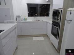 Mais um sonho realizado!     Pessoal, estou muito feliz com minha cozinha planejada e com minhas pedras branquinhas!! Como isso faci...