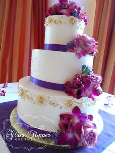 buttercream wedding cake with bridal gown inspired piping #sugarcrystals #purplewedding