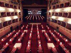 Evento Dinner Show •  Allestimento #DinnerShow #Firenze #Illuminazione #Oltreilgiardino www.oltreilgiardino.biz