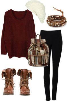 Безумно люблю такие сочетания. Ботинки на шнуровке, большие свитера, рюкзак за плечами... Прекрасно.