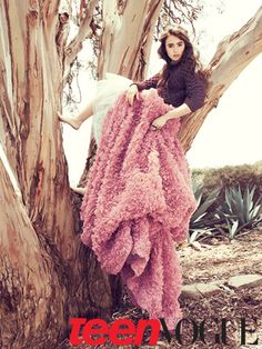 Other than 'The Blind Side', I haven't really seen Lily Collins in anything else. This picture from Teen Vogue is lovely though!