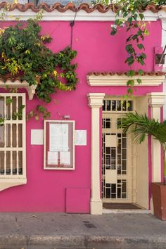 How to visit Cartagena Colombia and see everything. A day in Cartagena Travel List, Travel Guide, Caribbean Culture, Beautiful Streets, Bucket List Destinations, Destin Beach, Wanderlust Travel, Night Life, Adventure Travel