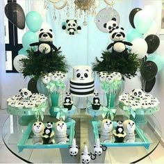 60 Trendy Baby Shower Decorations Jungle Theme First Birthday Parties Panda Party, Panda Themed Party, Panda Birthday Party, Bear Party, Birthday Cake Girls, Baby Birthday, First Birthday Parties, Birthday Party Decorations, First Birthdays